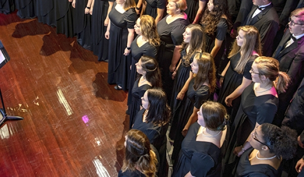 Chorale to host fall concert