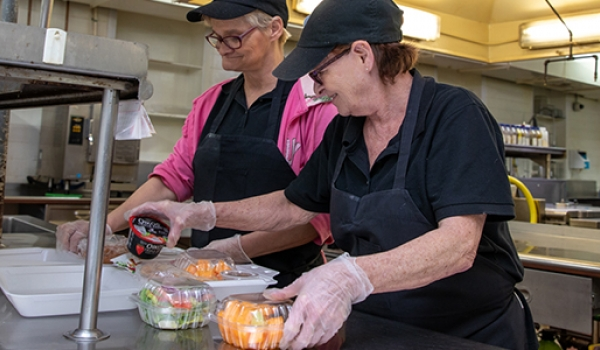 PatServe: Cumberlands distributes meals to those in need