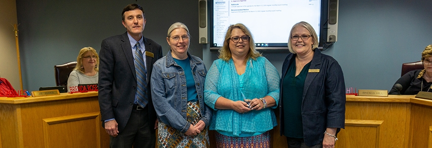 Office of Student Employment receives Community Partnership Award